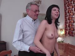 Großvater Teenie-Porno-Video