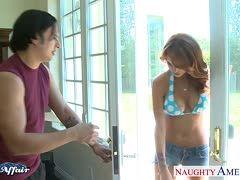 Asiatische Amateurin Bläst Schwanz Ihres Mannes